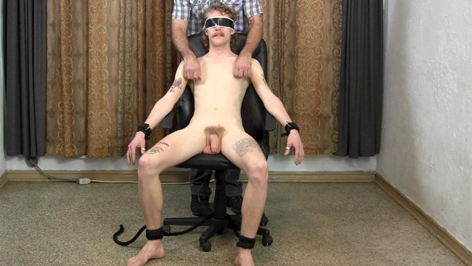 Straight-Fraternity-Franco-and-Ivan-Older-Guy-Sucking-A-Big-Uncut-Cock-Amateur-Gay-Porn-04 Hairy Muscle Daddy Sucks A Younger Redneck Guys Huge Uncut Cock