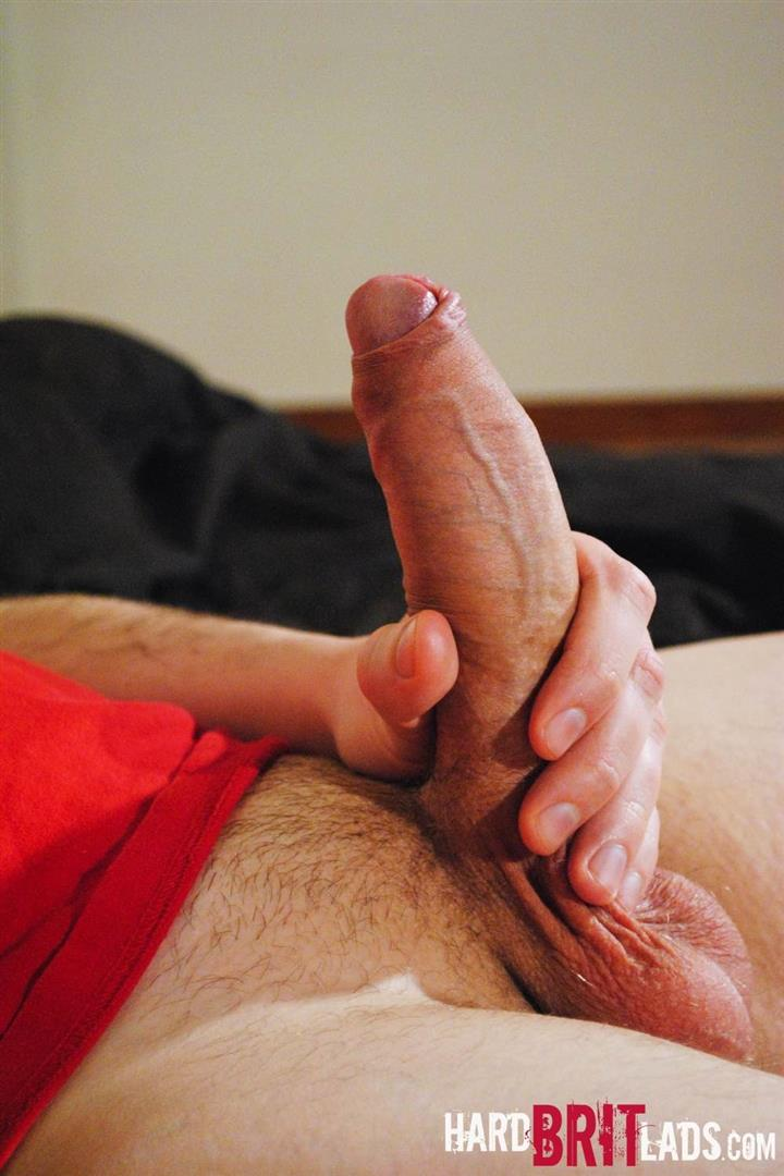 Hard-Brit-Lads-Jon-Bull-British-Skinhead-With-A-Big-Thick-Uncut-Cock-Amateur-Gay-Porn-07 Straight British Skinhead Jerking His Big Thick Veiny Uncut Cock